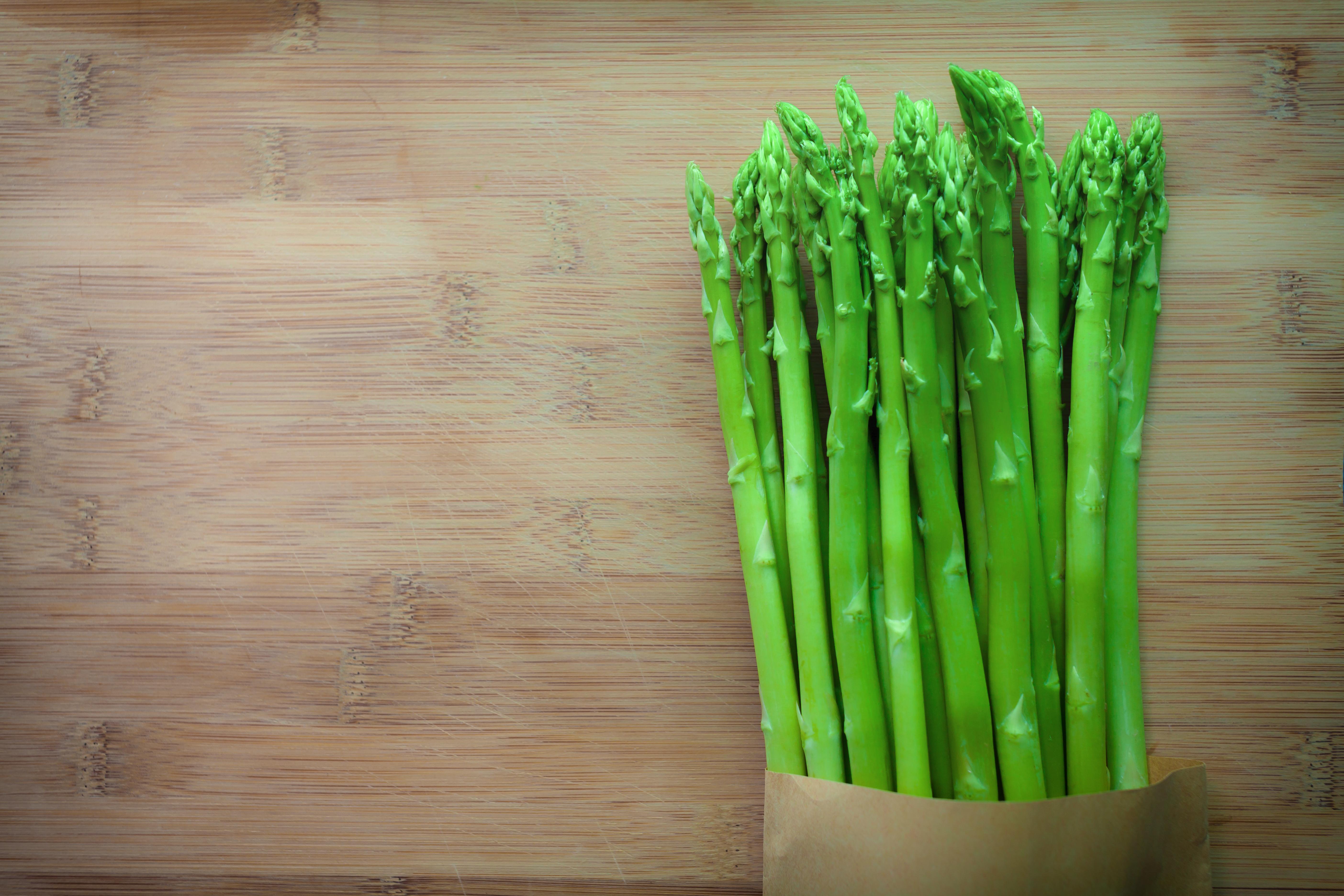Marzo mese pazzo, una rondine non fa primavera ma un asparago sì